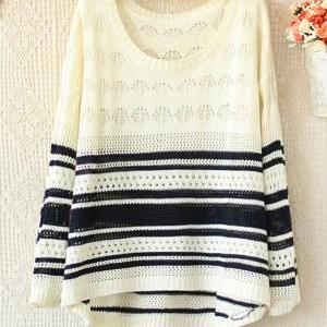 Hit The Color Long-sleeved Striped Sweater Hollow