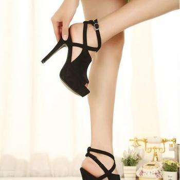 New Stylish Handmade Black High Heel Pumps